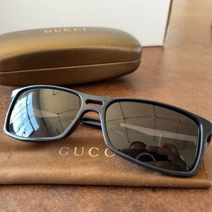 Vintage Gucci sunglasses GG 1588/S Navy/ Silver